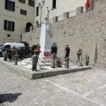 Laying wreaths at Monte San Martino